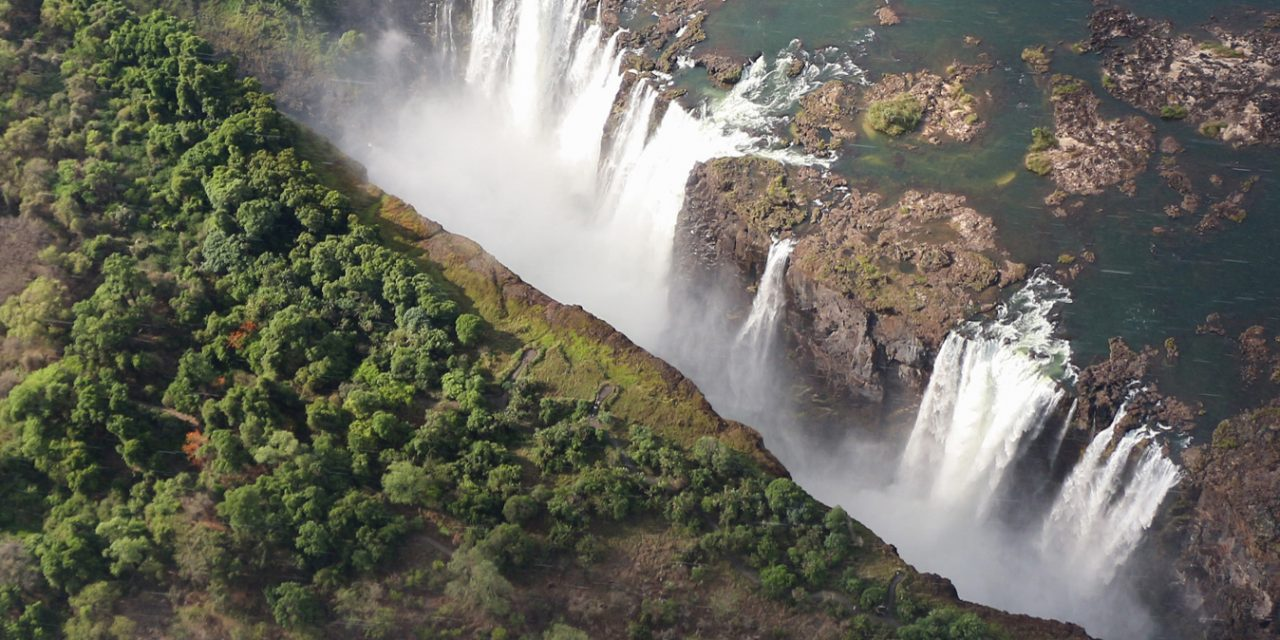 https://www.southafricaguidedtours.com/wp-content/uploads/2020/09/vic-falls-chobe-flyin-1280x640.jpg